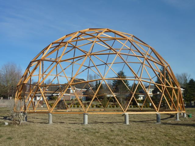 a 500 geodesic greenhouse frame
